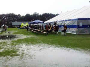 Door de grote hoeveelheid water werden de wedstrijden Kring Peelland afgelast.