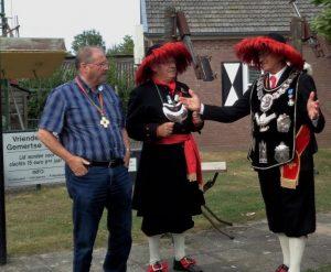Jos Veendrick, samen met Koning Frans en kapitein Frits