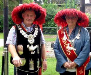 Het koningspaar Cor Opsteen en Paulina Adriaans - Opsteen
